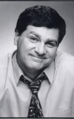 Патрик МакГиннесс