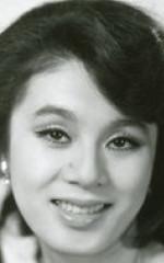 Наоми Чиаки
