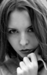 Изабелла Шолс