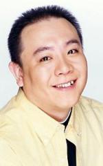 Ясухиро Такато