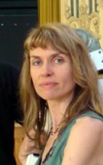 Надя Костич