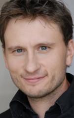 Адам Конджер