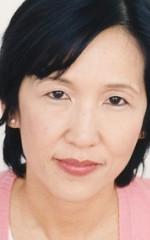 Беа Сунг