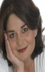 Лаура Кокер