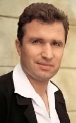 Джулиан Мере